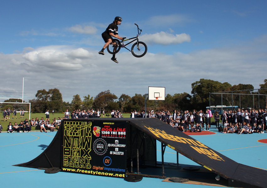 Matt Adkins duncraig high school freestyle now bmx stunt show June 2016