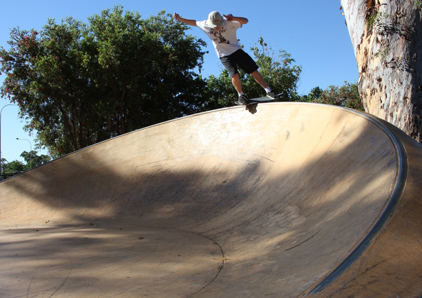 Mitch Harris backside smith at Armadale skatepark 2015 skateboard