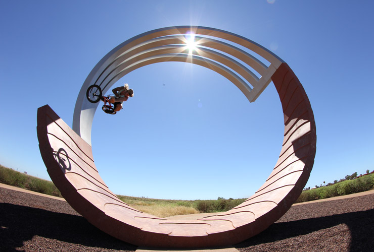 port hedland April 2013 Tim Rose table top on the full pipe