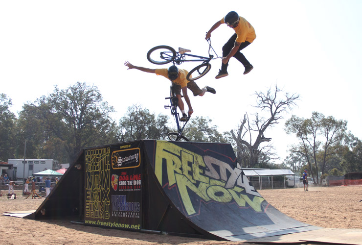 Freestyle Now bmx stunt show Gidgegannup agricultural show - Shaun Jarvis and David Pinelli