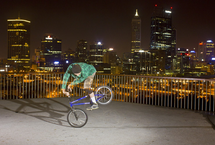 Shaun Jarvis perth night time bmx Xup endo october 2013