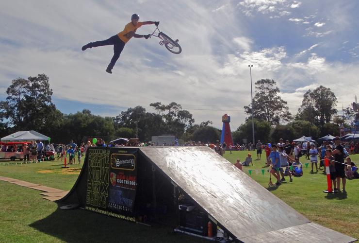 Corymbia festival 2014 - Dylan Schmidt super whip