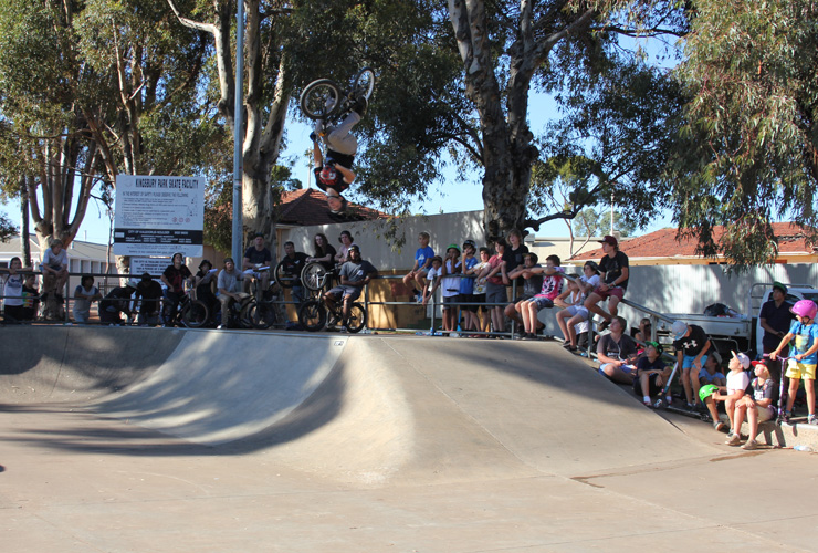Kalgoorlie skatepark competition April 2014 - Matt Vaia flips the hips 1st place BMX advanced