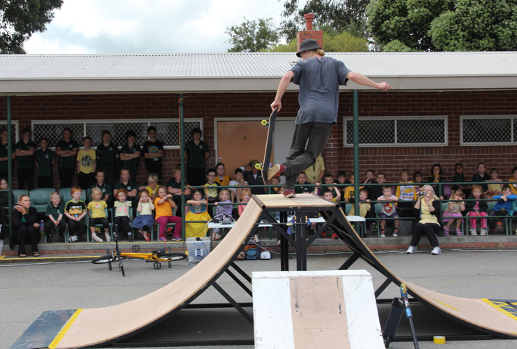 Freestyle Now Waroona school assembly presentation sep 2014 - Mitch Harris