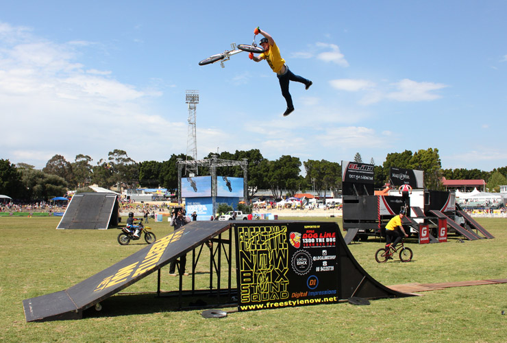 Perth royal show 2014 day 5 Dylan Schmidt super whip - freestyle now bmx stunt show