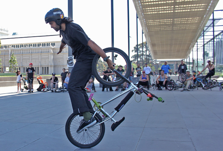 Paul Chamberlain at DownUnderGround bmx flatland contest Melbourne 2014
