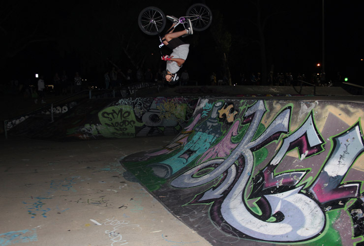 Freestyle now Kwinana skatepark competition february 2015 - Matt Adkins flip fakie