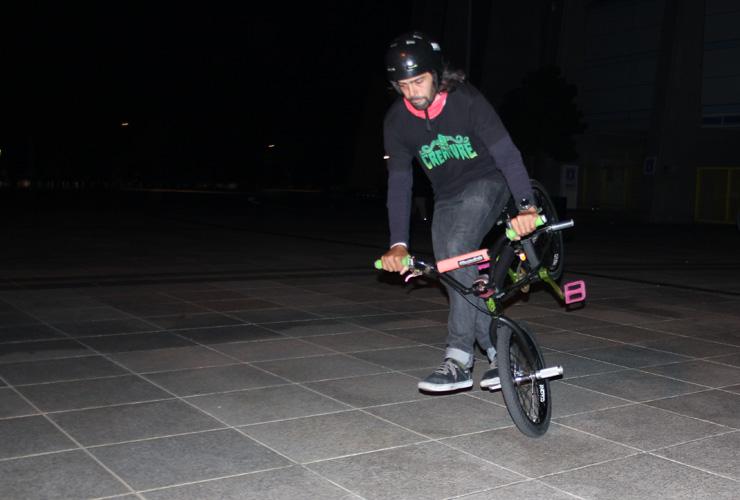 Paul Chamberlain in Osaka for flatark 2014