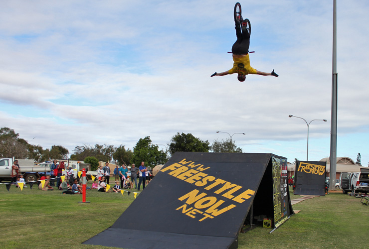 Freestyle Now bmx stunt show - Carnarvon Tropicool Festival June 2016 - Nathan Philps no hander backflip