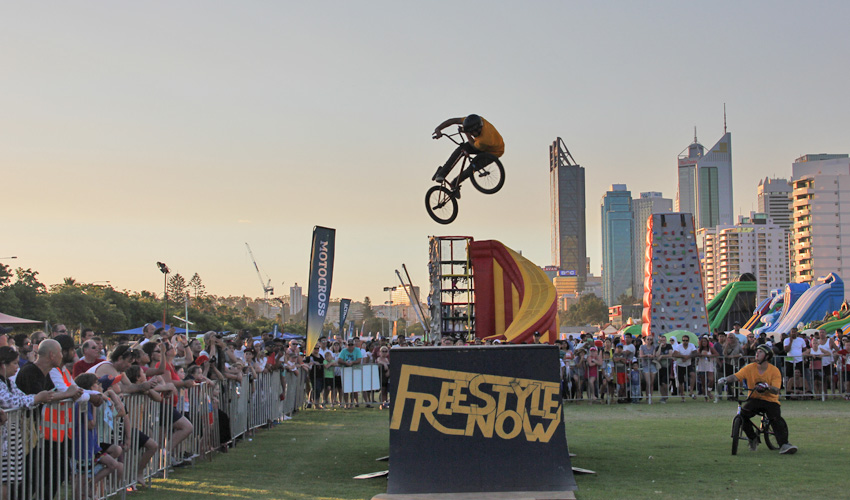 Freestyle Now bmx stunt show - Australia Day Perth Esplanade - David Pinelli